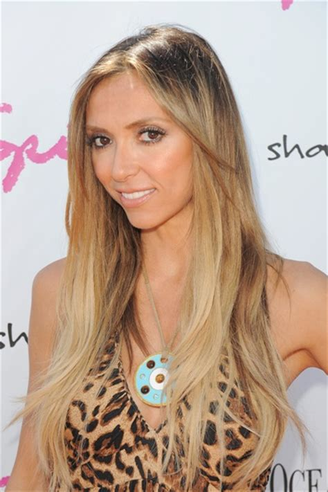 julianna rancic haircut giuliana rancic reveals baby s sex at l a shower i m