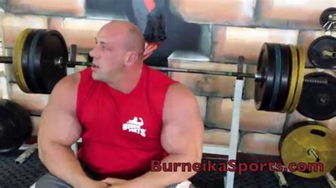 200kg bench press robert burneika easy bench press 440 lbs 200kg for 9
