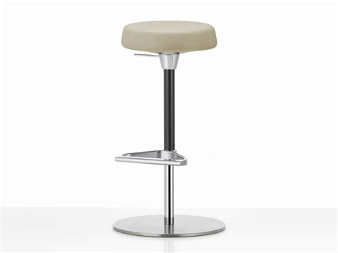 best quality bar stools buy the vitra zeb bar stool soft at nest co uk