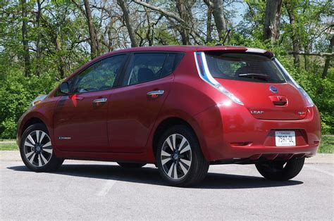 nissan leaf back 2013 nissan leaf first drive photo gallery autoblog