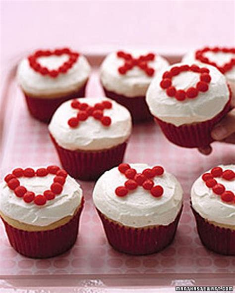 easy valentine s day cupcakes decorating ideas family