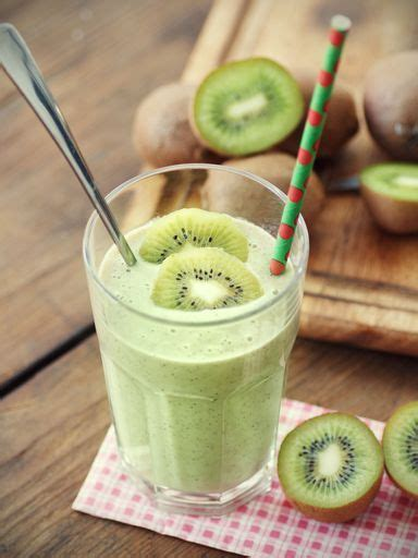 Detox Green Smoothie Without Banana by Get 20 Green Smoothie Cleanse Ideas On Without