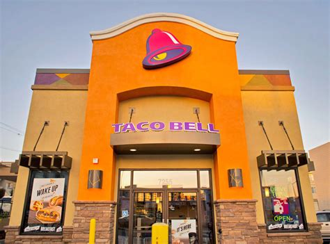 taco bell taco bell has low key become one of america s healthiest fast food chains