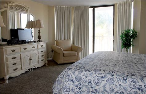3 bedroom condos in panama city beach edgewater panama city 3 bedroom beach condo sleeps 8 10 ground floor t1 deluxe 334