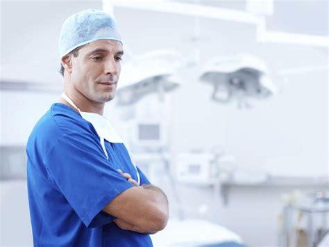 kreuzbandriss wann operieren bester kniespezialist wo einen kreuzbandriss operieren