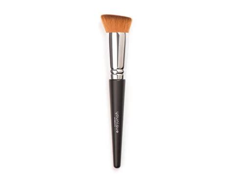 N Foundation Brush liquid foundation brush from younique