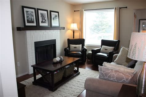 paint colors for living room with little natural light c tan walls transitional living room benjamin moore