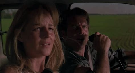 twister dorothy gif 11 reasons why twister is still amazing 20 years later