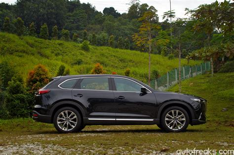 review mazda cx 9 test drive review 2017 mazda cx 9 autofreaks