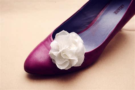diy flower shoes diy fabric flower shoe by wilma