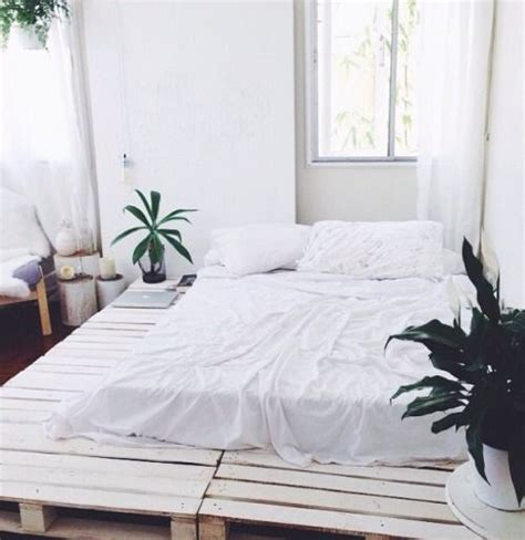 do you need a bed frame 1000 ideas about pallet bed frames on pinterest pallet beds bed frames and diy
