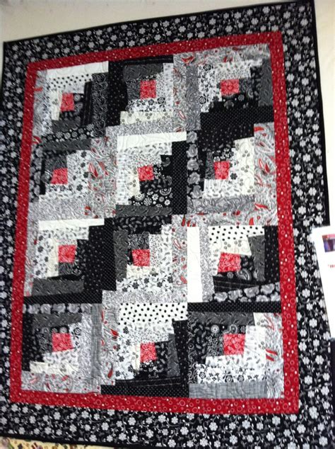 black and white quilt pattern ideas 244 best red black white quilts images on pinterest