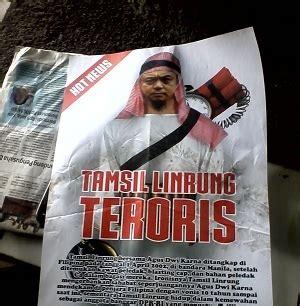 10701 New Manila Hitam Berkualitas kanye hitam pilwakot makassar poster tamsil teroris beredar