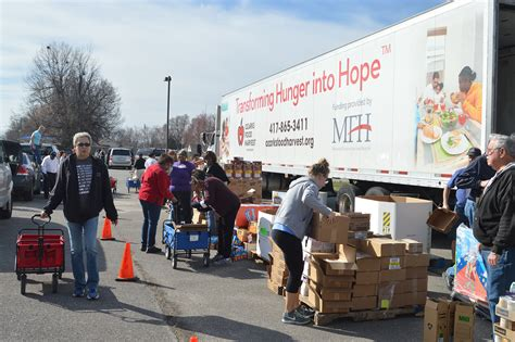 Springfield Mo Food Pantry by Community Organizations Host Mobile Food Pantry For Zones