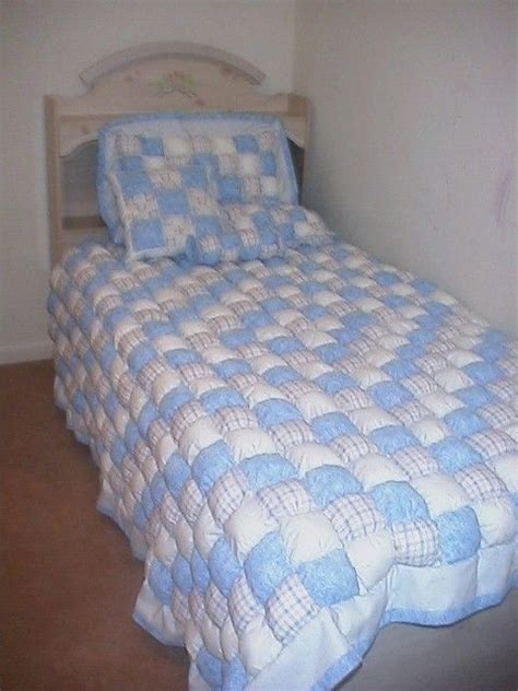 Puff Quilt Comforter by Pin By Jan Harris On Puff Quilts Puff Quilt