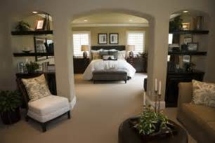 decorating ideas for master bedrooms master bedroom decorating ideas incorporating function