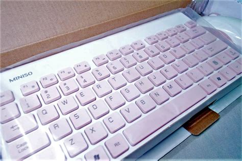 Mouse Slim Miniso miniso wireless mouse and keyboard set white pink famstore