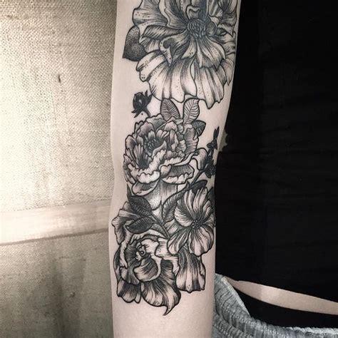 quarter leg sleeve tattoo quarter sleeve tattoo ideas for men and women 2018