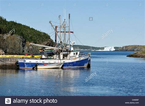 small fishing boats of newfoundland pictures of fishing boats newfoundland impremedia net