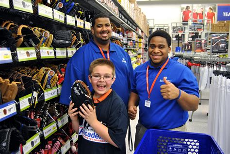 Where To Buy Academy Sports Gift Cards - academy sports outdoors opens doors early for military families clarksvillenow com