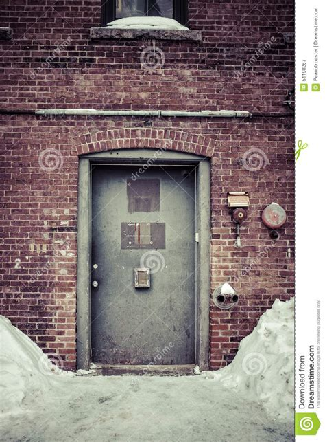 secrets of a back alley id id construction techniques of the underground books back door alley way stock image image of hshire back