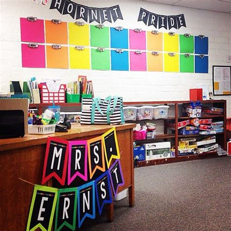 Primary Classroom Decoration Ideas by 25 Best Ideas About Display Student Work On
