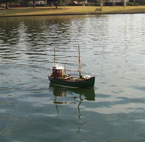 tracker boats quality issues rc fishing boat lobster boat ready to run the scale