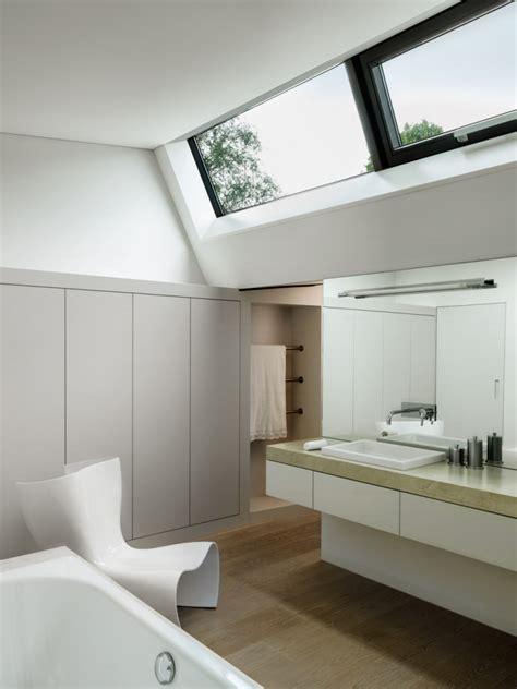 bathroom roof lights 2lb house in th 244 nex geneva by rapha 235 l nussbaumer architectes homeli