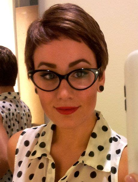 outgrowing pixie cut 17 best images about short hairstyles on pinterest