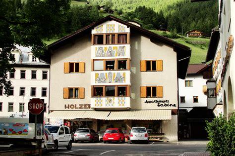 Sesto Pusteria Appartamenti by Appartamenti A Sesto Appartements Holzer