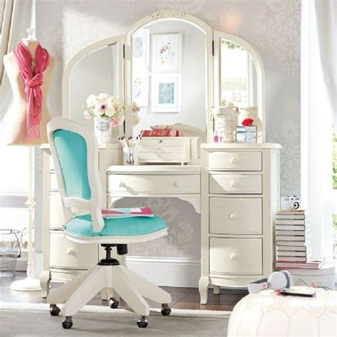 bedroom makeup vanities 50 best images about makeup vanity ideas on pinterest