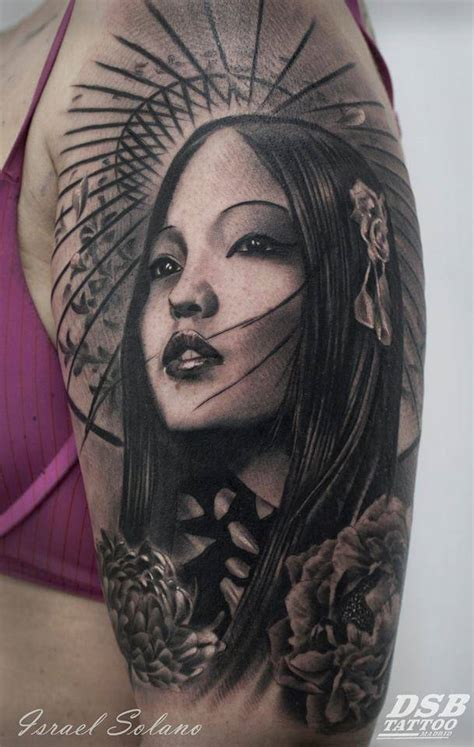 geisha en tattoo tatuaje de estilo black and grey de una geisha situado en
