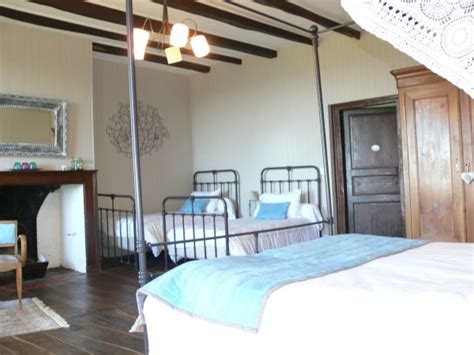 chambres d hotes aurillac descriptif chambres d hotes chambres et table d h 244 tes de