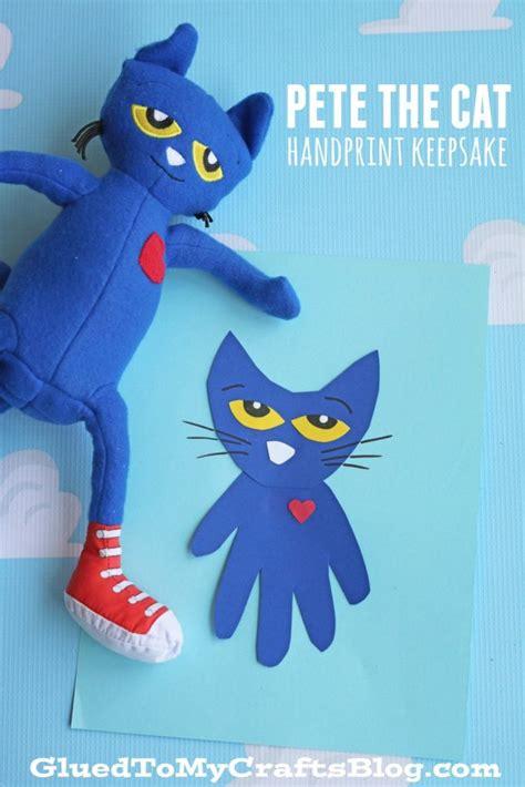 pete the cat handprint keepsake idea glued to crafts