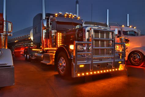 Truck Lights by Gallery Truck Light Show At Pdi Pride