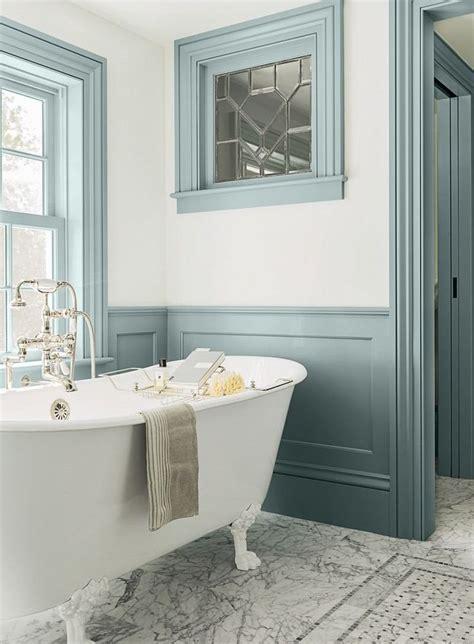 les 25 meilleures id 233 es de la cat 233 gorie peinture de salle de bain bleue sur