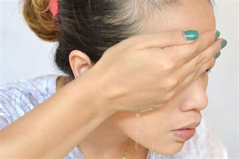 4 ways to take false eyelashes wikihow
