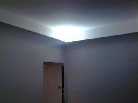 illuminare coi led foto diffusore luce perimetrale con gola in gesso raggio