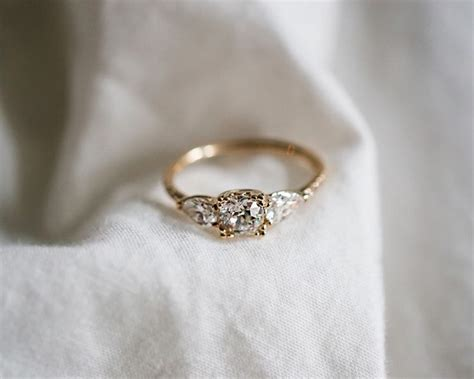Right Ring Fashion 2 by Best 25 Vintage Engagement Rings Ideas On