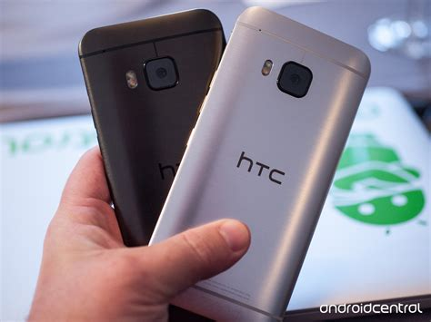B Berry Logo For Htc One M9 by Htc One M9 On Preview Android Central