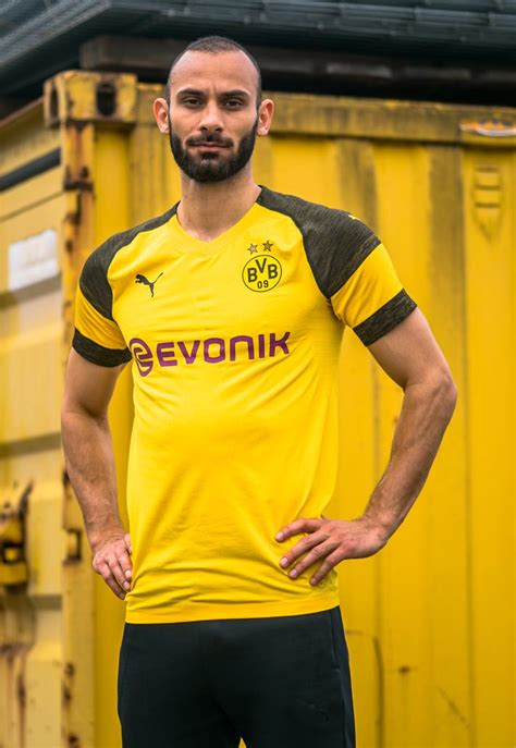 raglan arsenal 05 football team ordinal apparel launch borussia dortmund 18 19 home shirt soccerbible