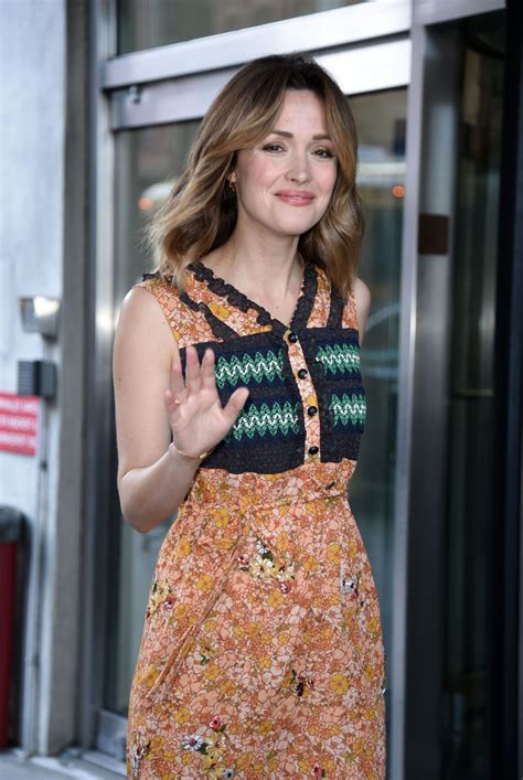 rose byrne rose byrne at cbs this morning tv show in ny 4 18 2017