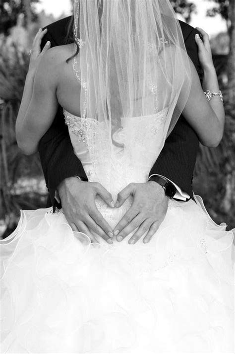 Beautiful Wedding Love Pose Pictures, Photos, and Images