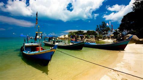 indonesia travel guide  bali  secret jewels  java