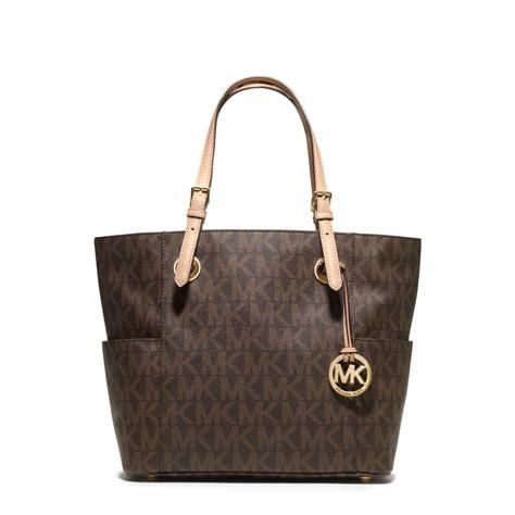 light brown mk purse michael kors jet set logo tote in brown lyst