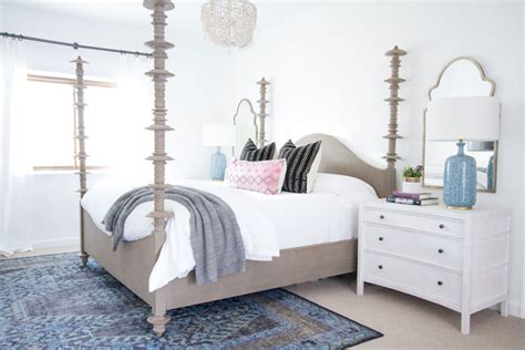 to make the bed in spanish how to make a bedroom more glamorous on a budget good