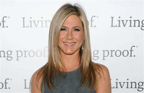 the rachel haircut 2013 jenifer aniston s hairstylist was high when he created