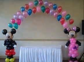 how to make a balloon decoration favors ideas