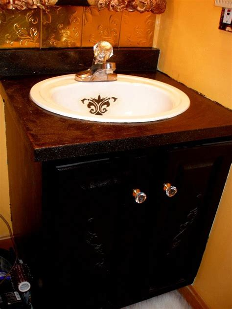 Paint Bathroom Vanity Top Use A Textured Paint Product On Vanity Top To Cover Up Yucky Laminate Diy Home