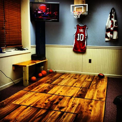Basketball Bedroom by Basketball Room With Wooden Floor